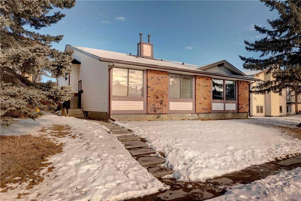 Townhouse for sale at 3635 Cedarille Dr Sw Unit 3633 Cedarbrae, Calgary Alberta - MLS: C4286238