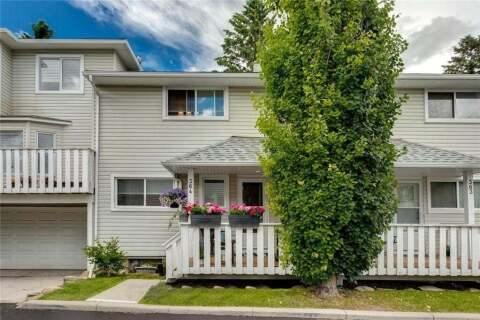 Townhouse for sale at 364 Killarney Glen Ct Southwest Calgary Alberta - MLS: C4305469