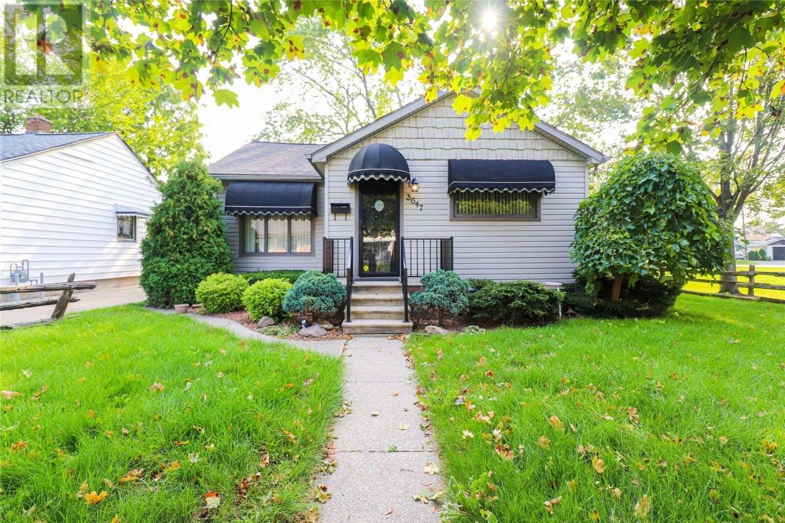 House for sale at 3647 Matchette  Windsor Ontario - MLS: 20012708