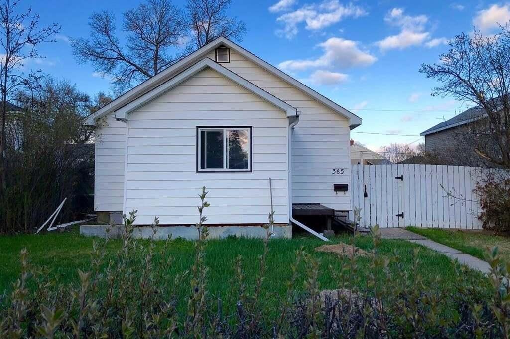 House for sale at 365 3rd Ave NE Swift Current Saskatchewan - MLS: SK809921