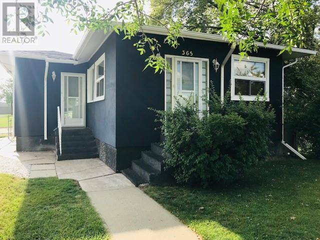 House for sale at 365 4 St W Drumheller Alberta - MLS: sc0159575