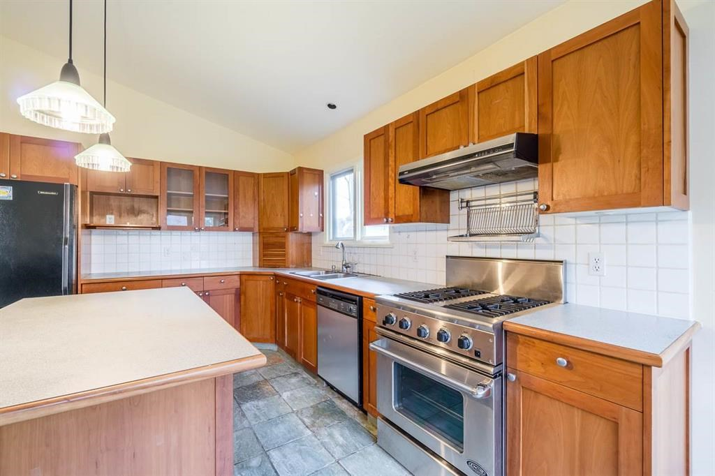For Sale: 3657 West 37th Avenue, Vancouver, BC | 3 Bed, 3 Bath House for $3,180,000. See 20 photos!