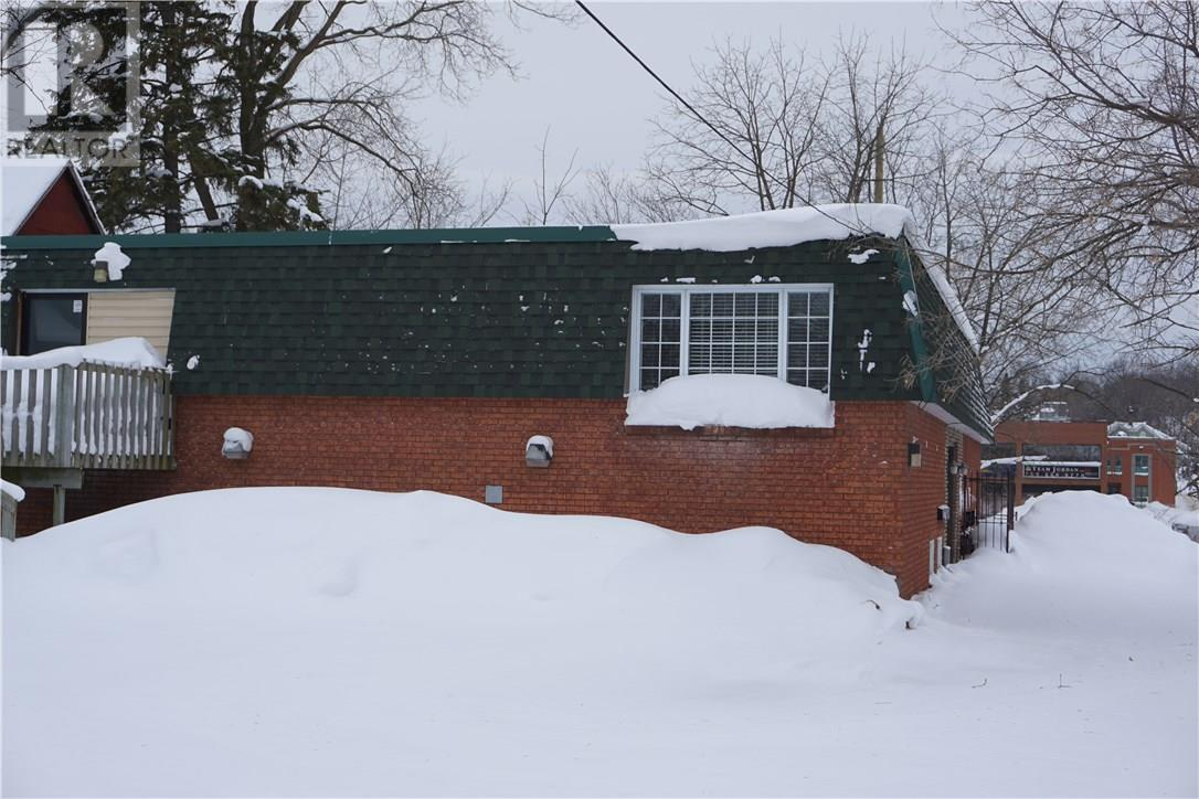 For Sale: 366 Midland Avenue, Midland, ON Property for $399,900. See 22 photos!