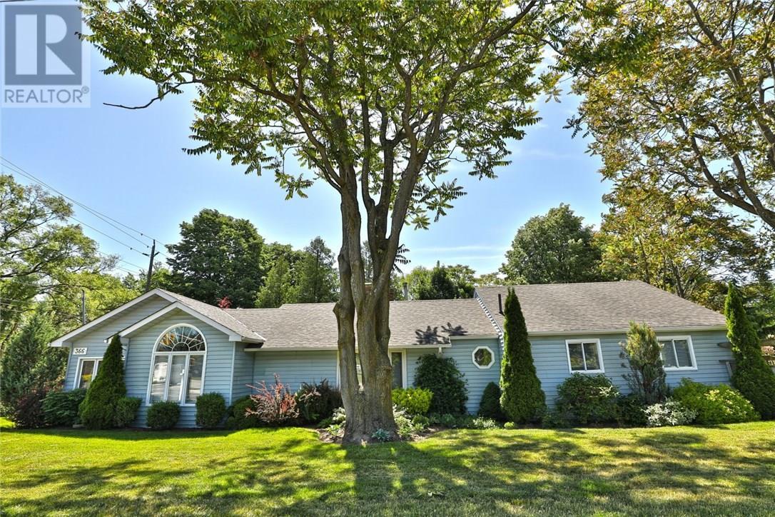 Sold: 366 Rebecca Street, Oakville, ON