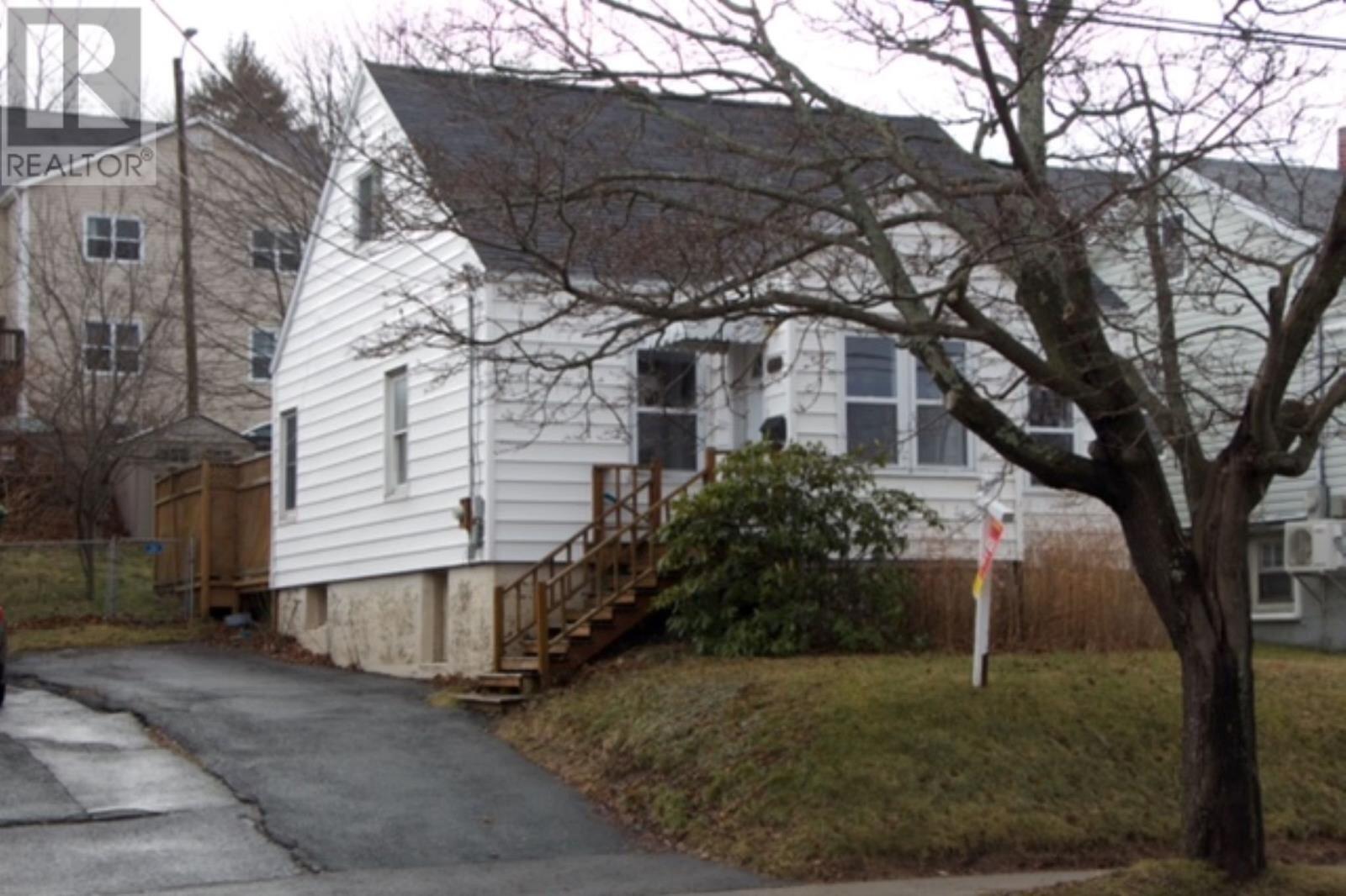 House for sale at 3660 Barrington St Halifax Nova Scotia - MLS: 202024650