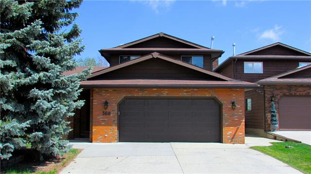 For Sale: 368 Berkshire Place Northwest, Calgary, AB   4 Bed, 4 Bath House for $599,900. See 39 photos!