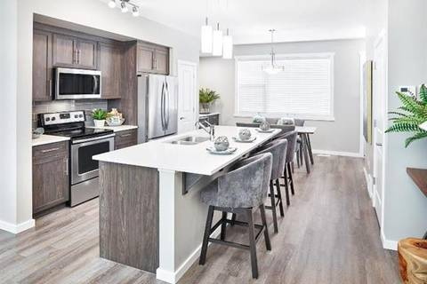 Townhouse for sale at 368 Kingsmere Wy Southeast Airdrie Alberta - MLS: C4254314