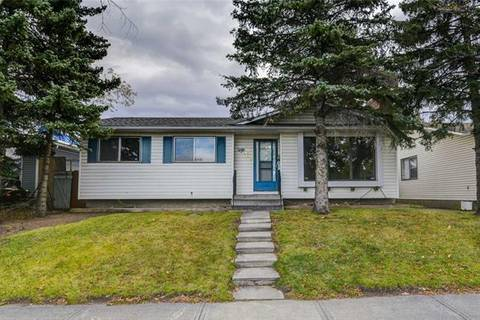 House for sale at 368 Whiteview Rd Northeast Calgary Alberta - MLS: C4272117