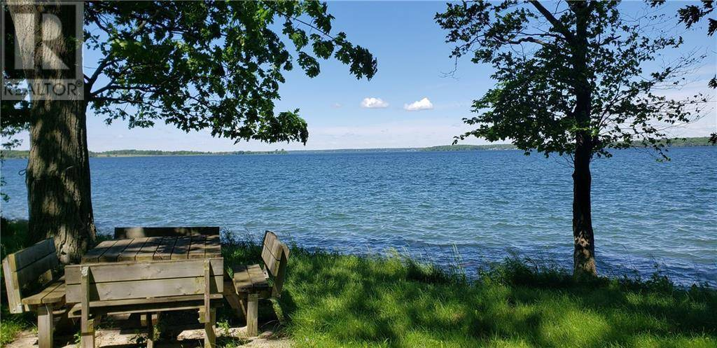 Home for sale at 369 Holiday Point Rd Wolfe Island Ontario - MLS: 1187906