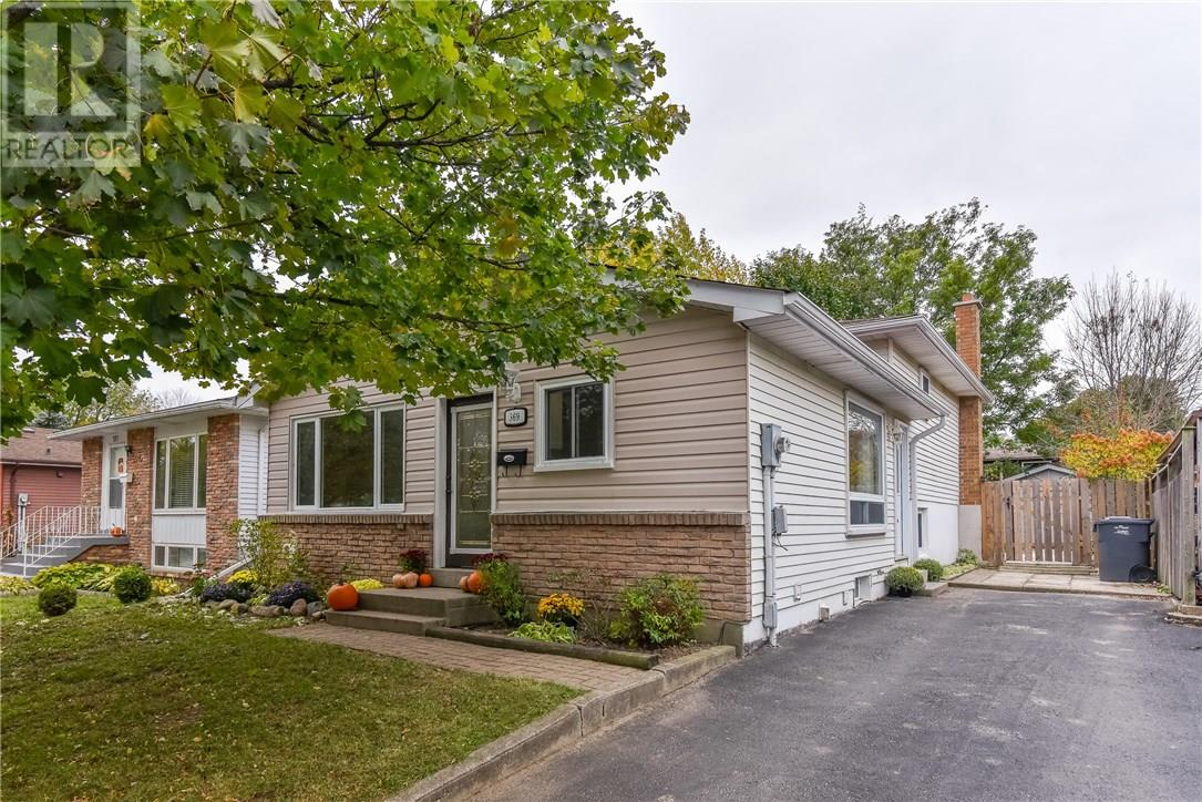 House for sale at 369 West Acres Drive Guelph Ontario - MLS: X4286419