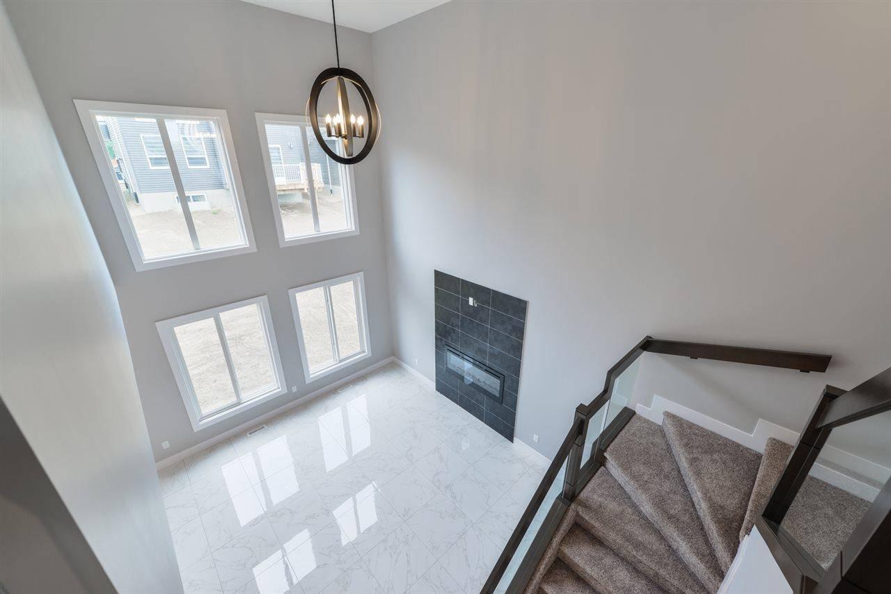 House for sale at 3697 Hummingbird Wy Nw Edmonton Alberta - MLS: E4144601