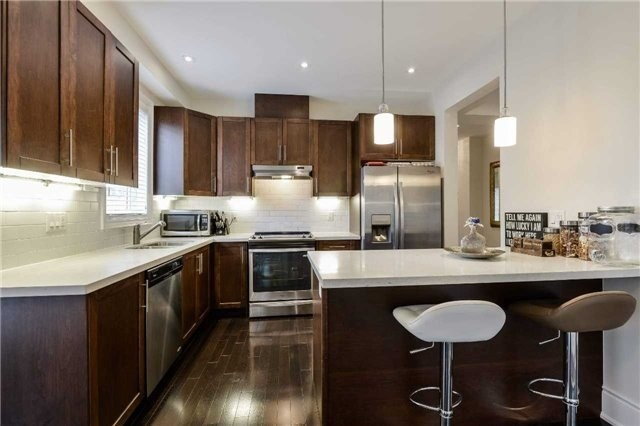 For Sale: 3698 Banff Court, Mississauga, ON | 3 Bed, 4 Bath Townhouse for $799,900. See 19 photos!