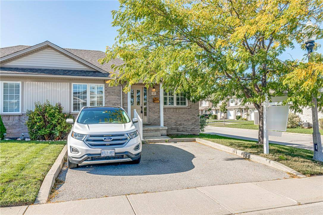 Townhouse for sale at 24 Kenyon Cres Unit 37 Grimsby Ontario - MLS: H4065570