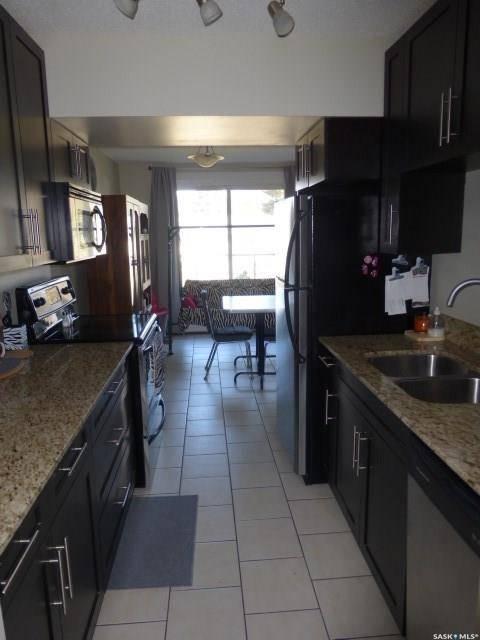 Condo for sale at 315 East Pl Unit 37 Saskatoon Saskatchewan - MLS: SK793538