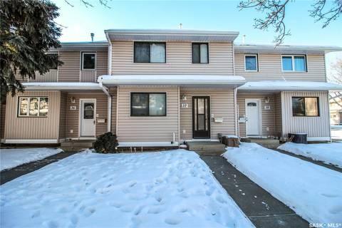 Townhouse for sale at 330 Haight Cres Unit 37 Saskatoon Saskatchewan - MLS: SK799548
