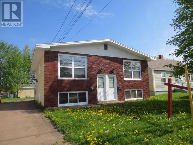 Townhouse for sale at 37 Vail St Moncton New Brunswick - MLS: M126912
