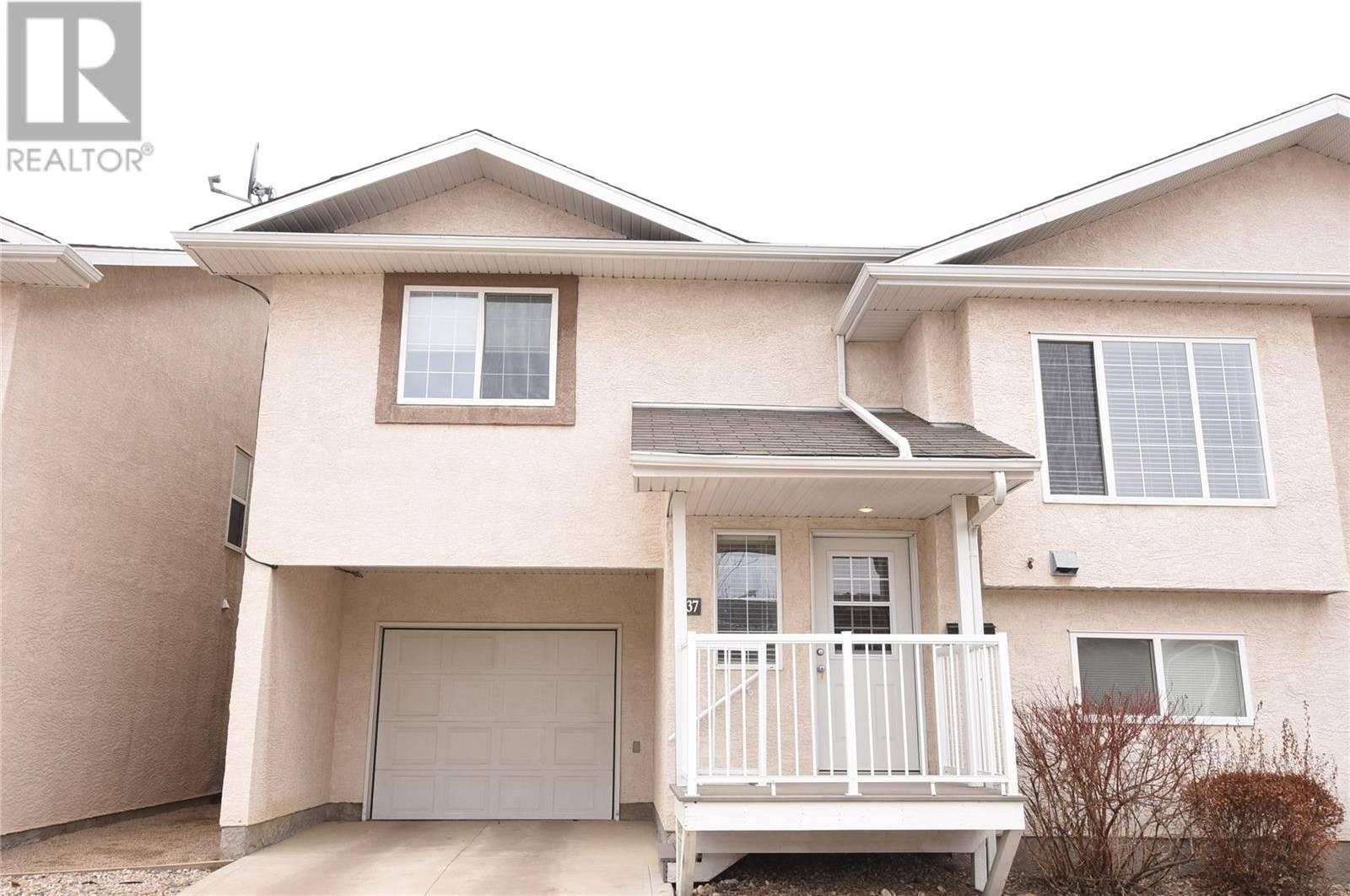 House for sale at 4425 Nicurity Dr Unit 37 Regina Saskatchewan - MLS: SK766545