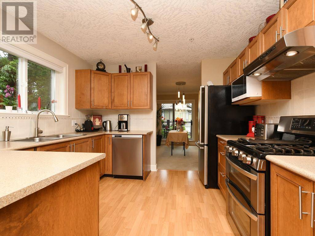 Townhouse for sale at 486 Royal Bay Dr Unit 37 Victoria British Columbia - MLS: 417755