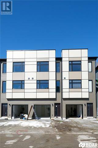Townhouse for sale at 540 Essa Rd Unit 37 Barrie Ontario - MLS: 30725769