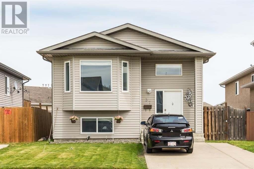 House for sale at 37 Aberdeen Rte West Lethbridge Alberta - MLS: LD0186318