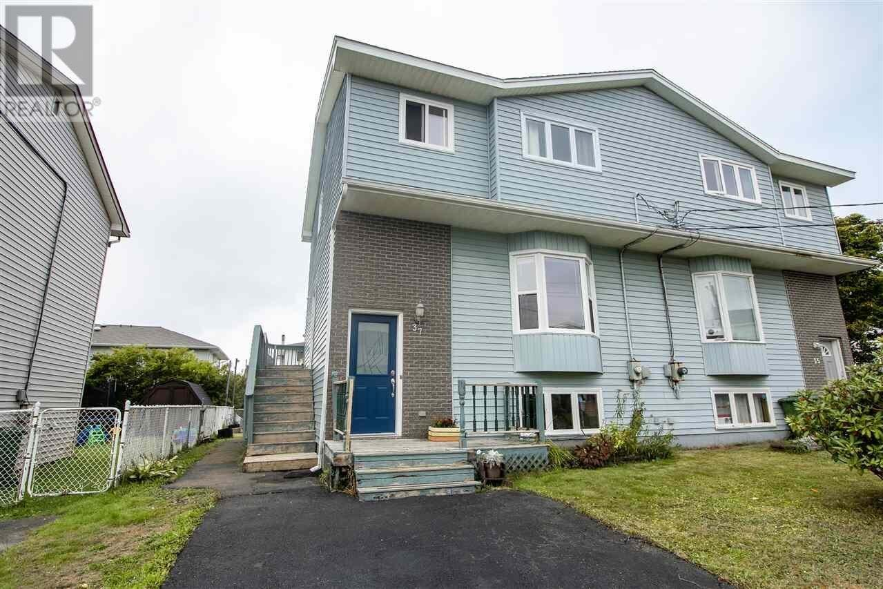 House for sale at 37 Ainslie Cres Eastern Passage Nova Scotia - MLS: 202020257