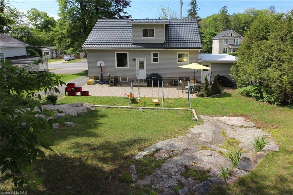 House for sale at 37 Cascade St Parry Sound Ontario - MLS: 260599