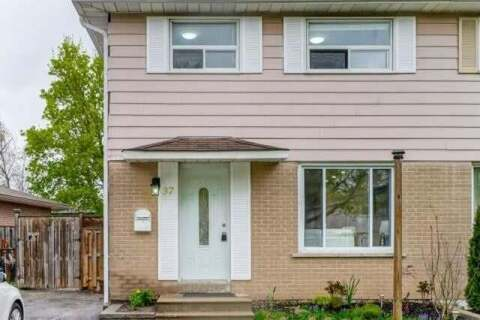 Townhouse for sale at 37 Chipwood Cres Brampton Ontario - MLS: W4780531