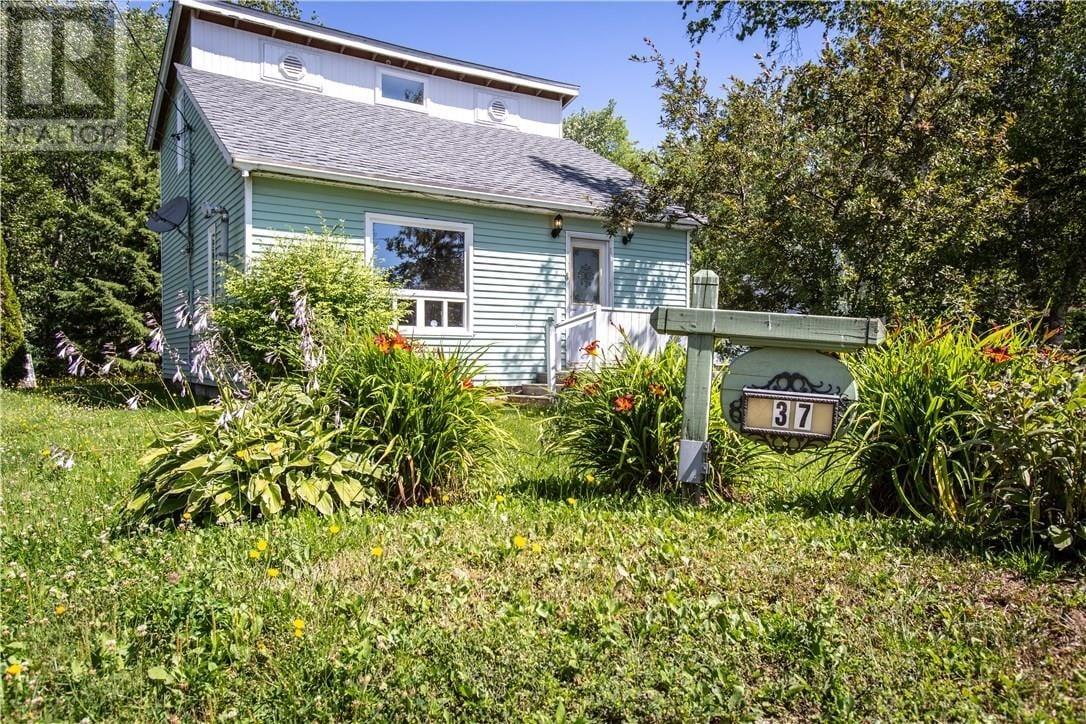 House for sale at 37 Cote Hains Ln Grand Barachois New Brunswick - MLS: M130156