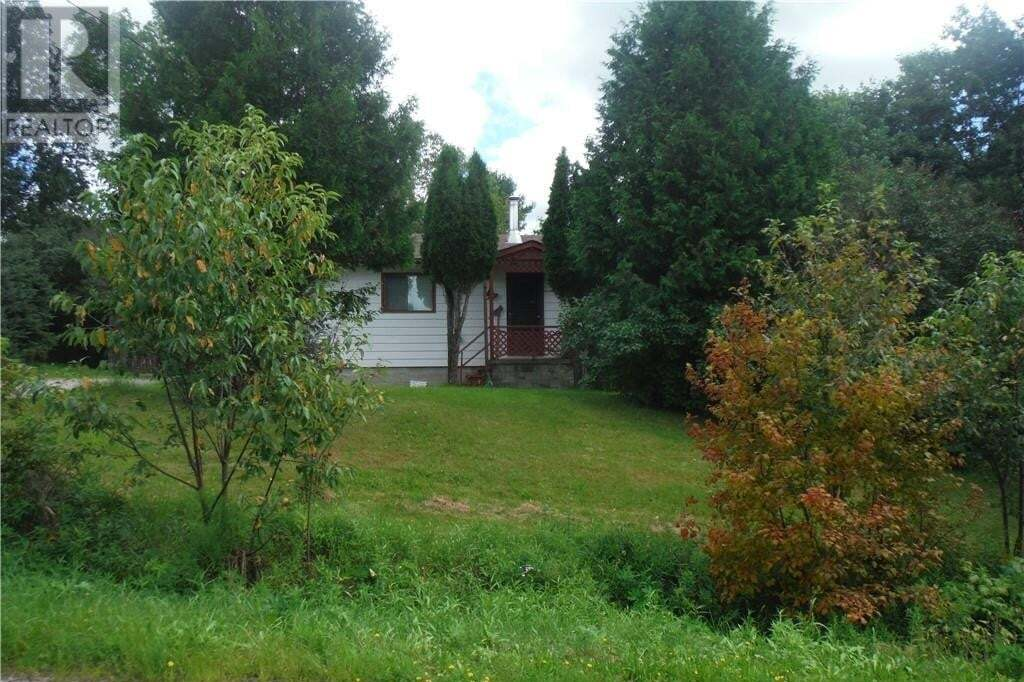 House for sale at 37 George St Magnetawan Ontario - MLS: 40010408