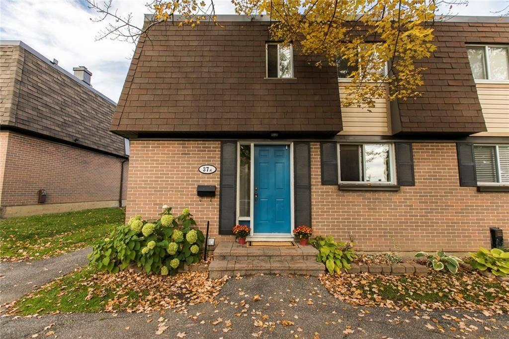 Townhouse for sale at 37 Glenridge Rd Ottawa Ontario - MLS: 1172341