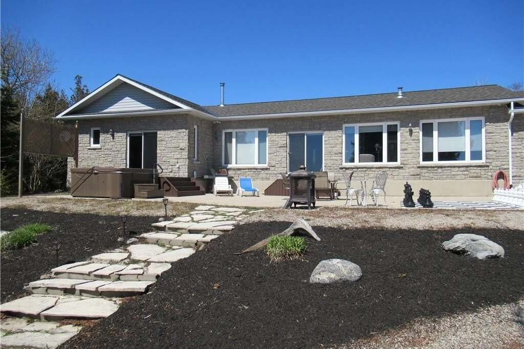 House for sale at 37 Goderich Point Lp Northern Bruce Peninsula Ontario - MLS: 256502