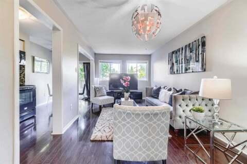Townhouse for sale at 37 Goldenlight Circ Brampton Ontario - MLS: W4820432
