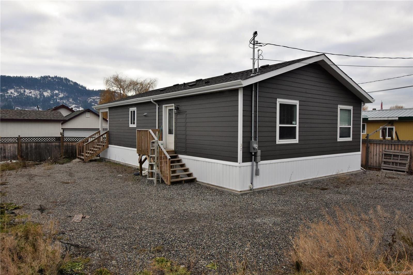 Home for sale at 37 Louis Estates Rd Vernon British Columbia - MLS: 10196658