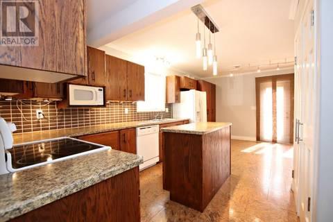 House for sale at 37 Merritt Cres Regina Saskatchewan - MLS: SK762467