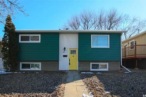 House for sale at 37 Nathan St Regina Saskatchewan - MLS: SK802784
