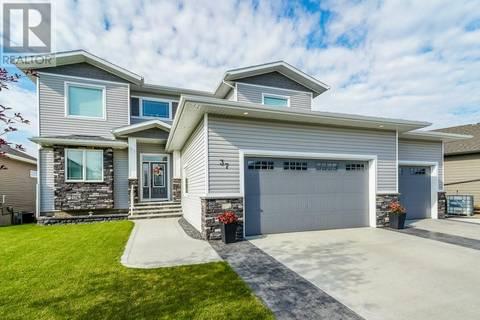 House for sale at 37 Palisades St Blackfalds Alberta - MLS: ca0172462