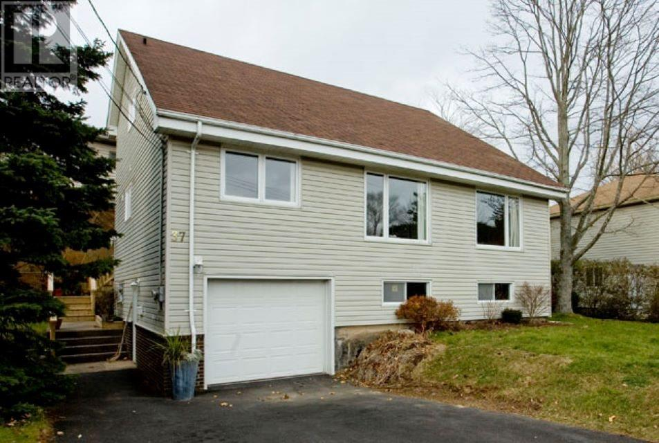 Removed: 37 Redwood Avenue, Halifax, NS - Removed on 2019-10-02 23:03:07
