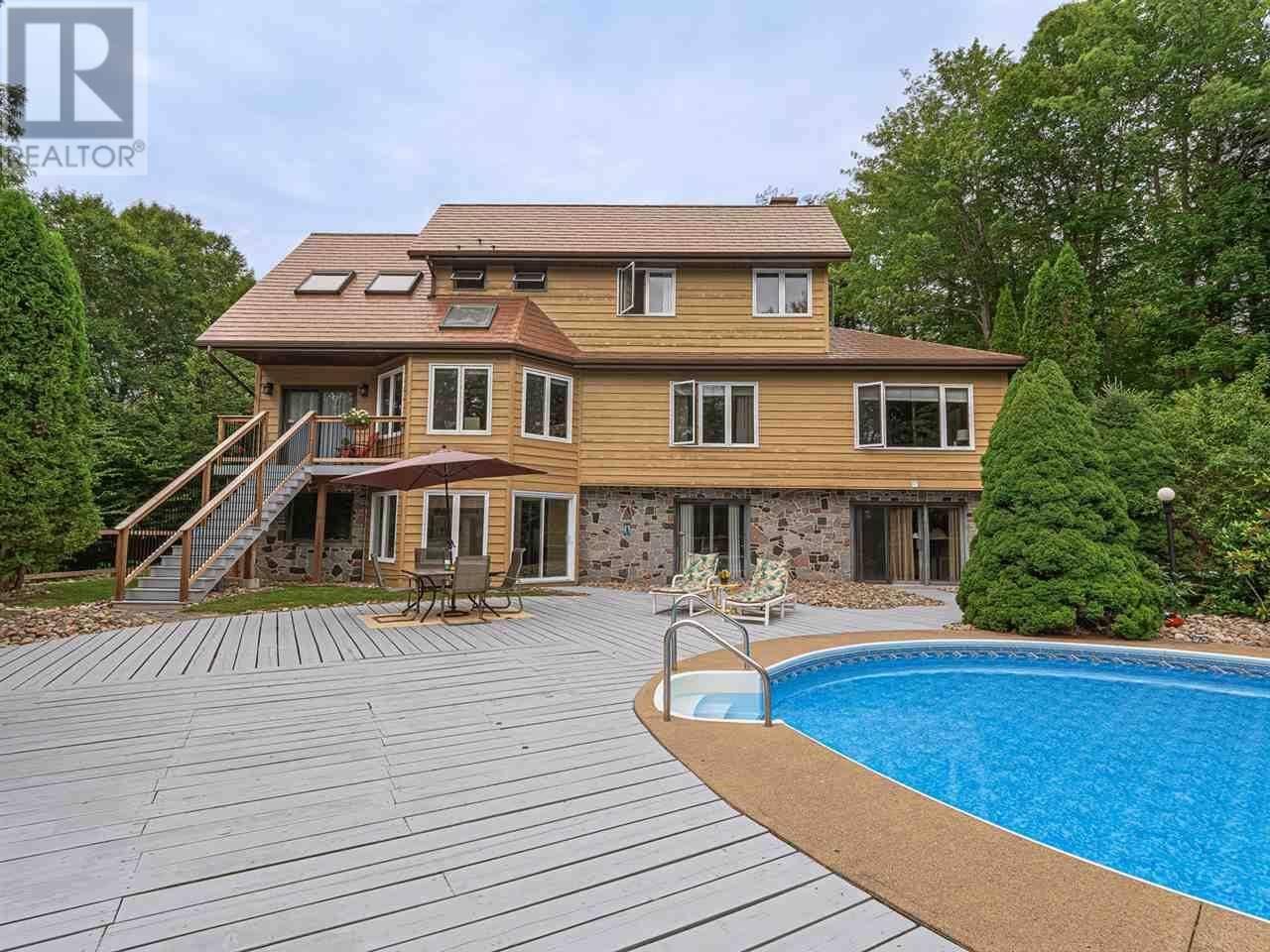 House for sale at 37 Regency Ct Fall River Nova Scotia - MLS: 201918123
