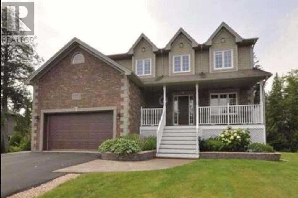 House for sale at 37 Skye Cres Hammonds Plains Nova Scotia - MLS: 202015441