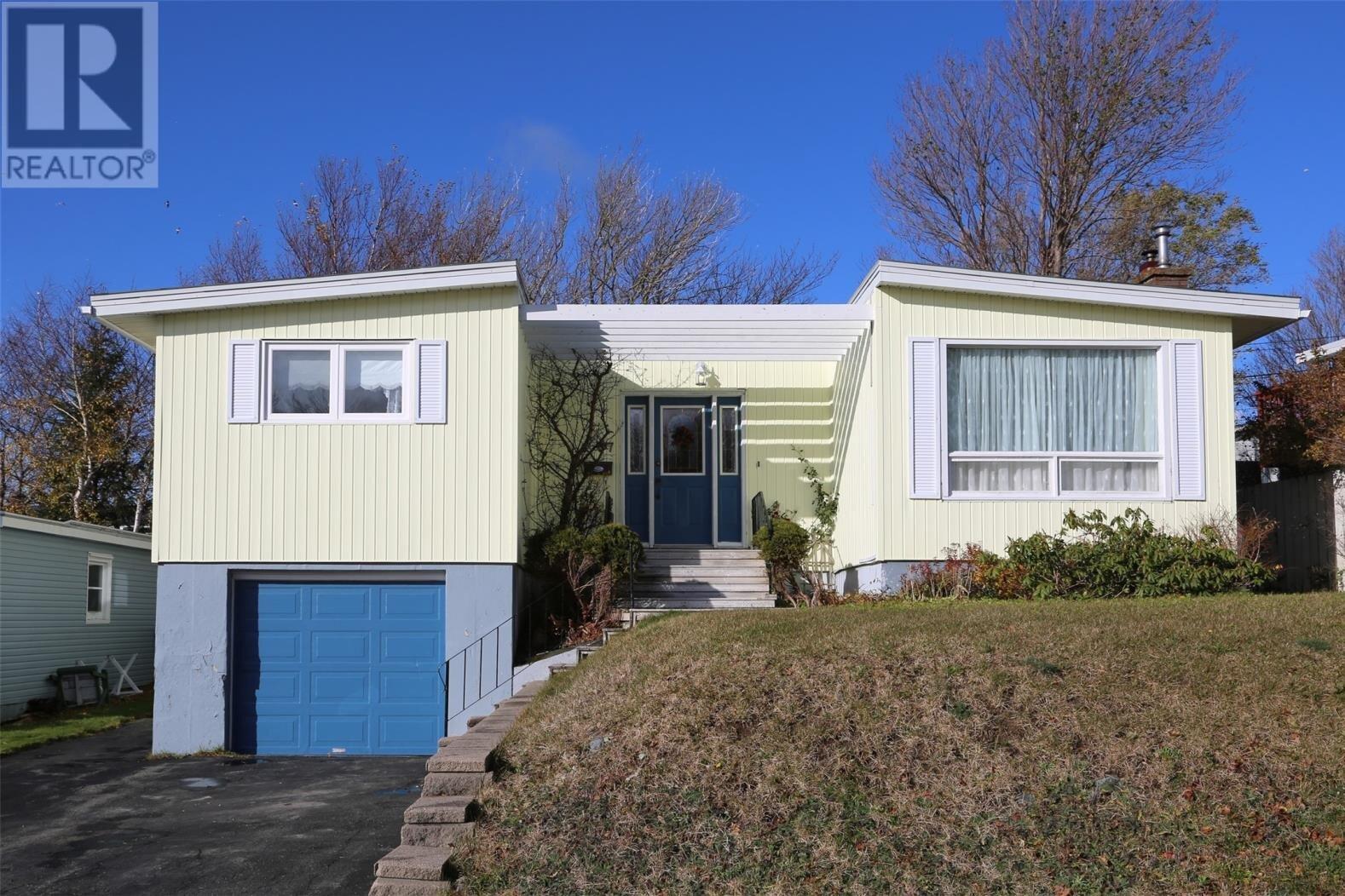 House for sale at 37 Slattery Rd St. John's Newfoundland - MLS: 1223515