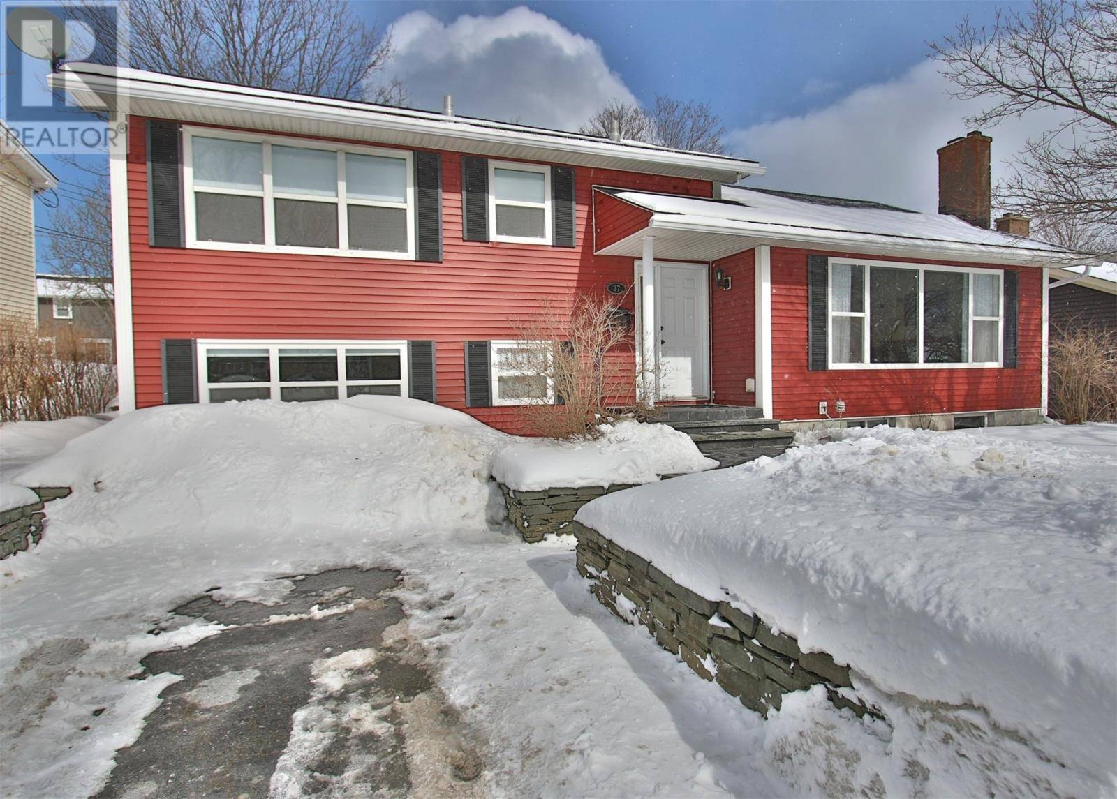 House for sale at 37 Smithville Cres St. John's Newfoundland - MLS: 1211561