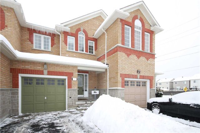 For Sale: 37 Taft Place, Clarington, ON   3 Bed, 4 Bath Townhouse for $469,900. See 16 photos!