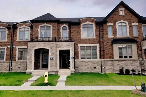 Townhouse for sale at 37 Walter Proctor Rd East Gwillimbury Ontario - MLS: N4448927