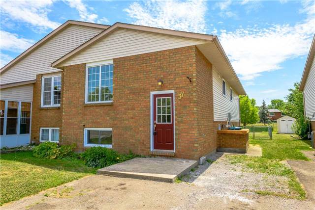 For Sale: 37 Woodland Drive, Welland, ON | 3 Bed, 2 Bath Townhouse for $365,000. See 19 photos!