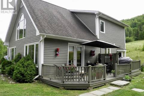 House for sale at 370 Parlee Brook Rd Waterford New Brunswick - MLS: NB010018