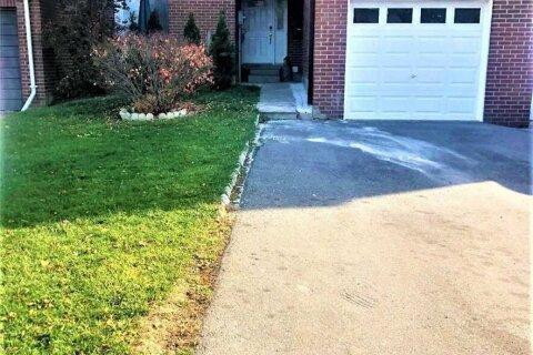 Townhouse for sale at 370 Satok Cres Milton Ontario - MLS: W4966402