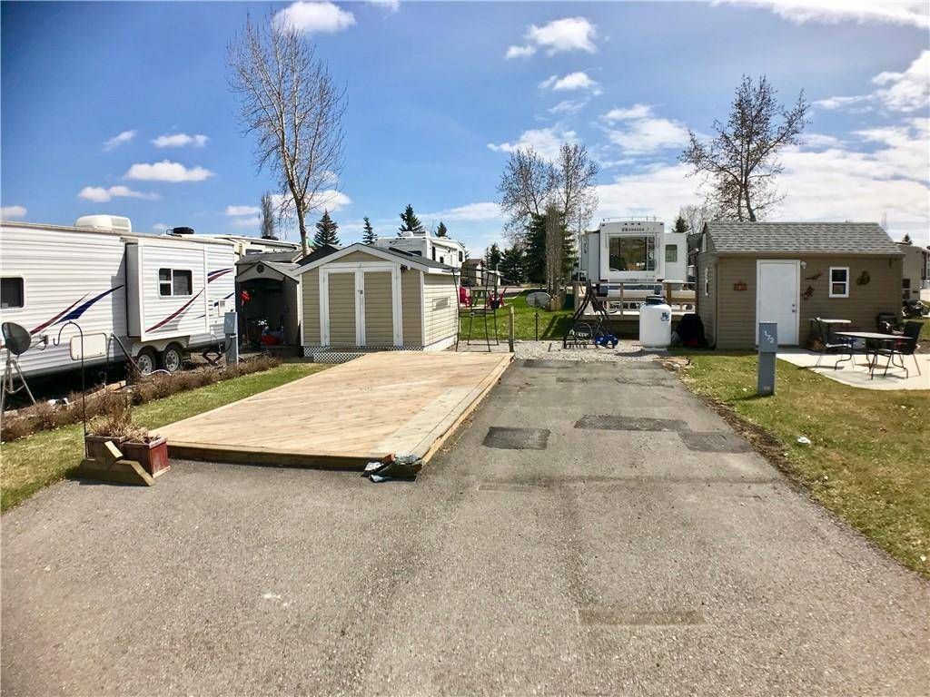 Home for sale at 370165 79 St E Country Lane Rv Park, Rural Foothills M. Alberta - MLS: C4254326