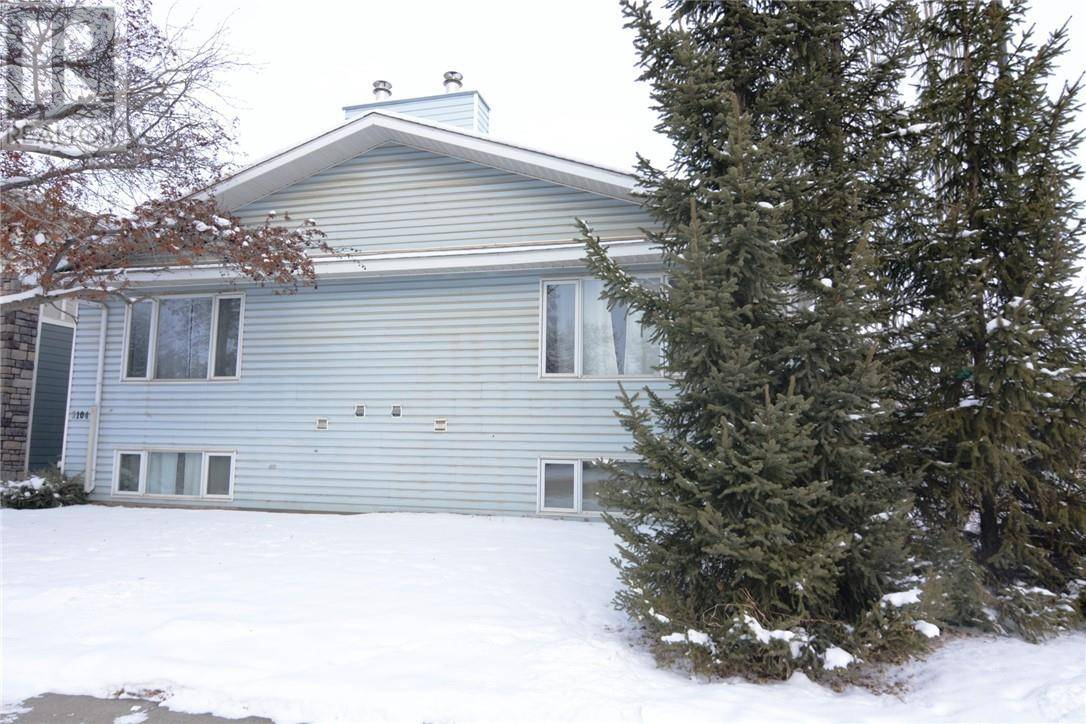 Townhouse for sale at 3702 51 Ave Red Deer Alberta - MLS: ca0182900