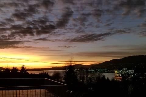 House for sale at 3705 Edinburgh St Burnaby British Columbia - MLS: R2441689