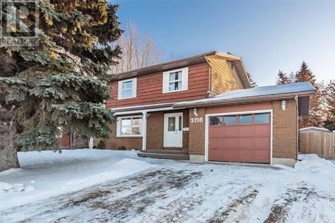 House for sale at 3706 Taylor St Saskatoon Saskatchewan - MLS: SK799350